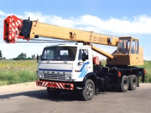 Автокран 16 тонн/ 21,7 метров